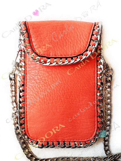 pochette mobile telephone portable cuir corail mat chaine argent, pochette croute de cuir pour mobile