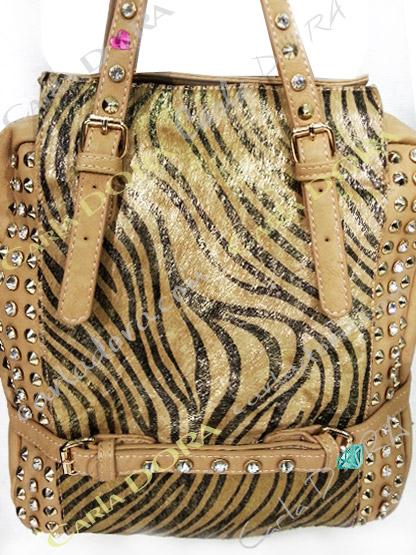 sac main femme en poulain motif tigre camel et noir strass et cloute argent
