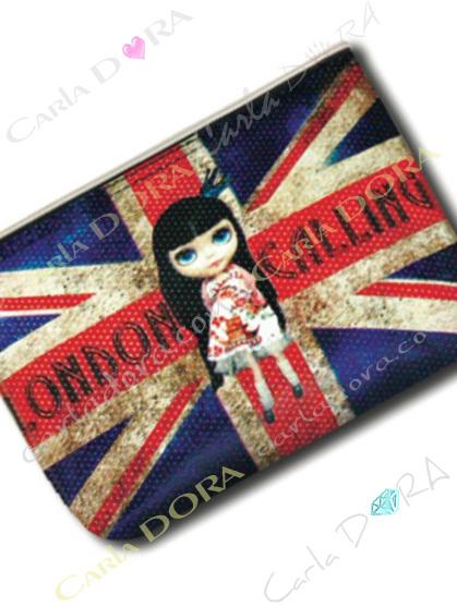 trousse plate poupee drapeau anglais union jack, trousse tendance poupee drapeau angleterre union jack