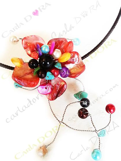 collier femme tour de cou fantaisie fleur en nacre multicolore