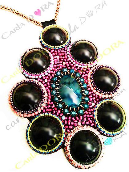 collier fantaisie sautoir noir rosace ovale