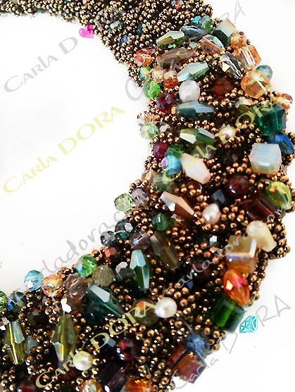collier ras du cou perles cristal multicolores et chaines bronze - bijou femme cristal elegant et chic