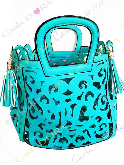 sac femme mode bleu turquoise pompon, sac mode femme sac a main ete arabesque ajoure