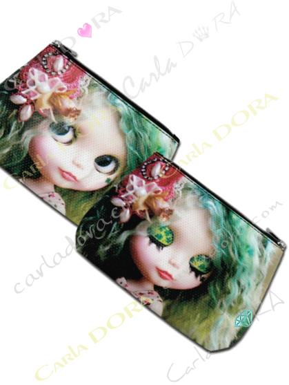 trousse maquillage tendance poupee a fleur, trousse beaute poupee fleur glamour