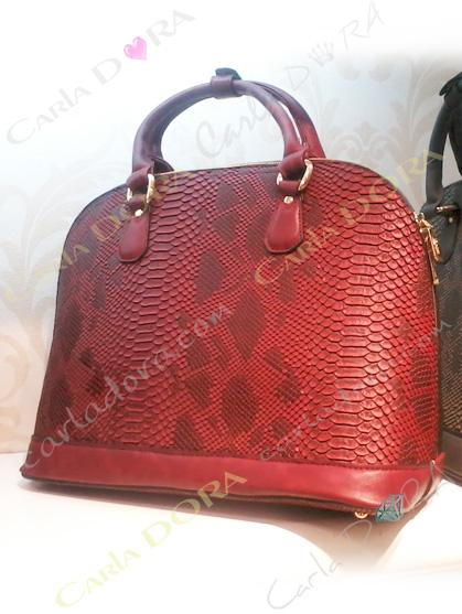 sac a main style peau de serpent rouge