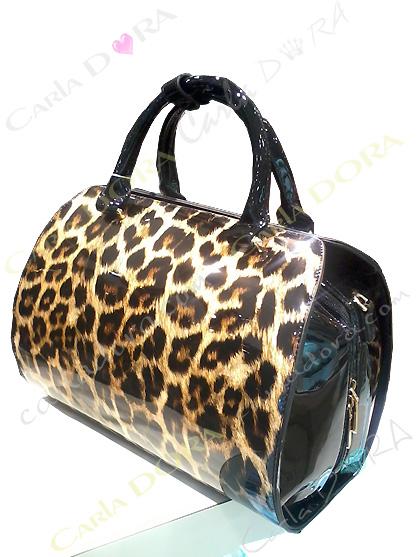 sac a main tube motif leopard