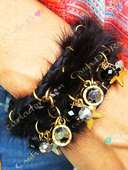 bracelet femme fourrure vison noir pendeloques, bijou femme vison noir pendeloques etoiles strass champagne perles cogna