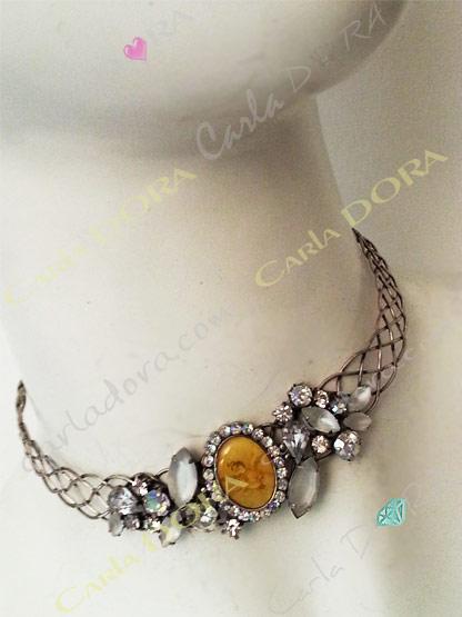 collier fantaisie femme ras de cou rigide et souple couleur blanc
