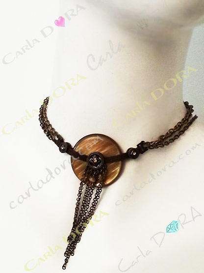 collier fantaisie femme ras de cou souple cercle nacre couleur marron glace