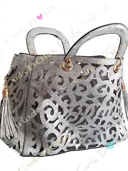 sac main femme tendance ajoure gris argent pompon, sac mode femme sac a main ete arabesque ajoure