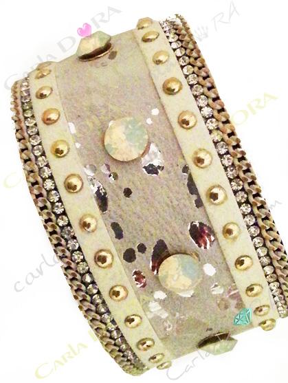 bracelet manchette strass cabochon laiteux irise, bracelet eclat argent strass