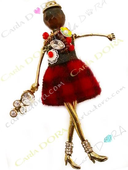 sautoir collier fantaisie poupee robe rouge, collier sautoir poupee articulee