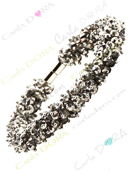 bracelet gris irise aimante perles a facettes, bracelet fermeture aimant