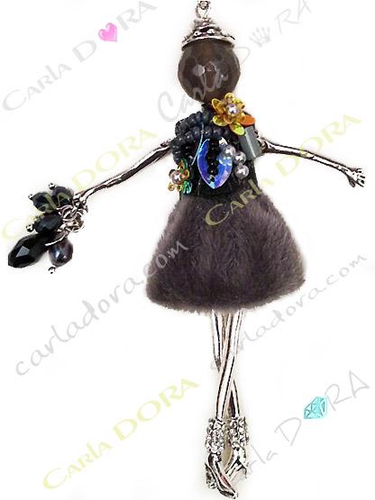 sautoir poupee robe glamour imitation fourrure, pendentif fantaisie sautoir ultra chic