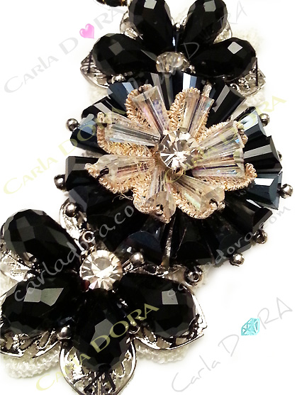 collier ras du cou cristal noir et transparent irise- bijou femme cristal elegant et chic