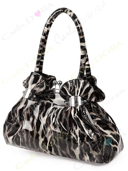 sac a main leopard noir et blanc glossy vernis, sac main glossy et glamour