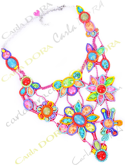 collier ras du cou a fleurs multicolores