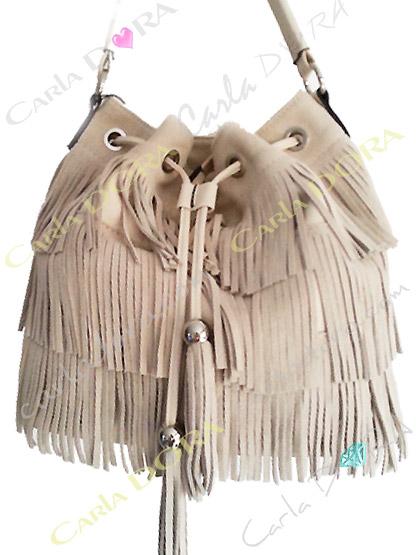 sac femme tendance daim blanc beige a franges, sac main femme a franges hippie chic