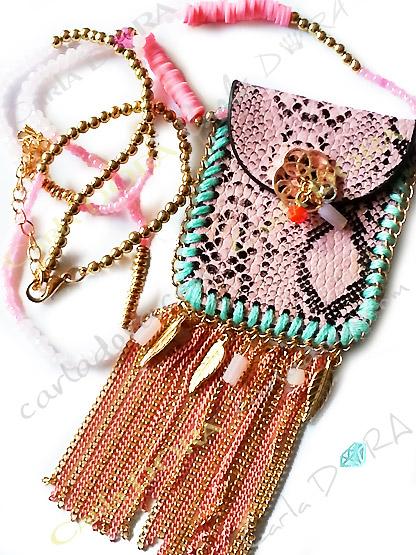 collier fantaisie femme sautoir pochette tendance a pampilles chainettes