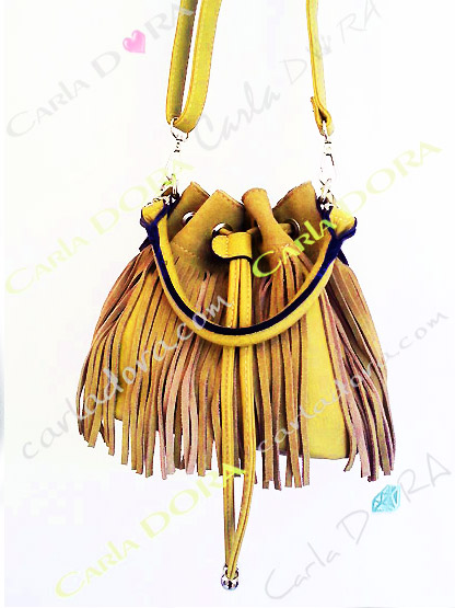 petit sac a main femme bourse daim jaune a franges, sac main femme a franges hippie chic