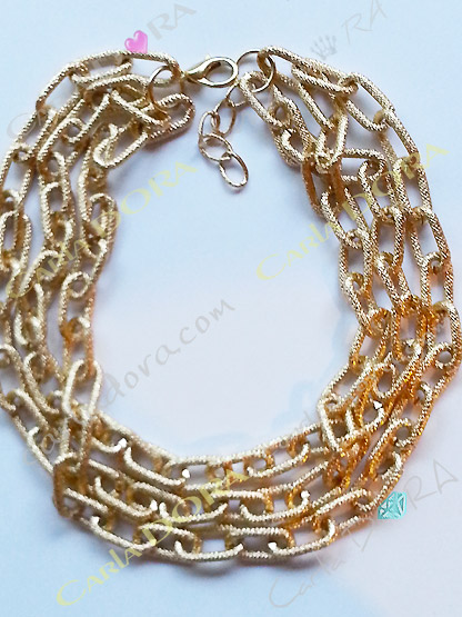 collier fantaisie 3 rangs dores anneaux souples entrelaces, collier chaine doree 3 rangs