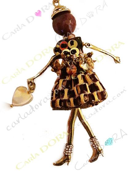 poupee bijou robe camel et paillettes, poupee bijou couleur abeille