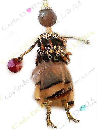 pendentif poupee plumes et pampilles cristal, pendentif poupee hippie chic