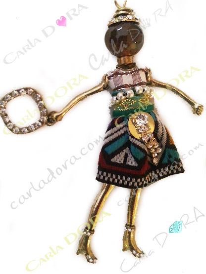 sautoir poupee robe tissee ethnique