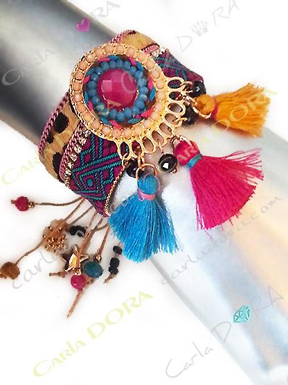 bracelet fantaisie hippie chic multicolore pompons
