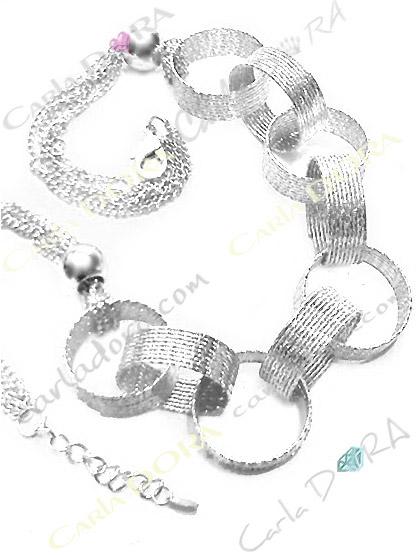 collier fantaisie anneaux argent scintillant