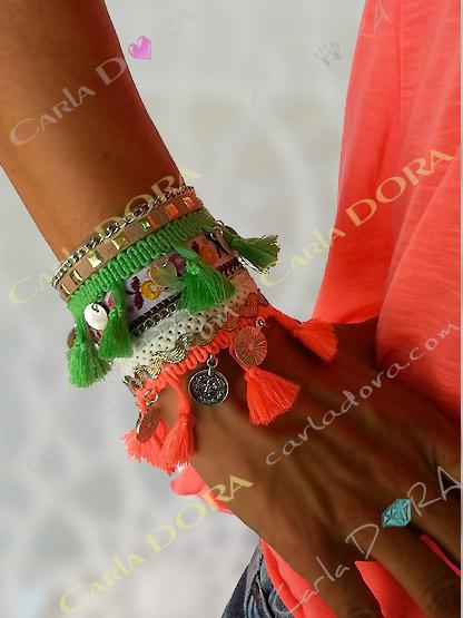 bracelet fantaisie gypsy multicolore pompons