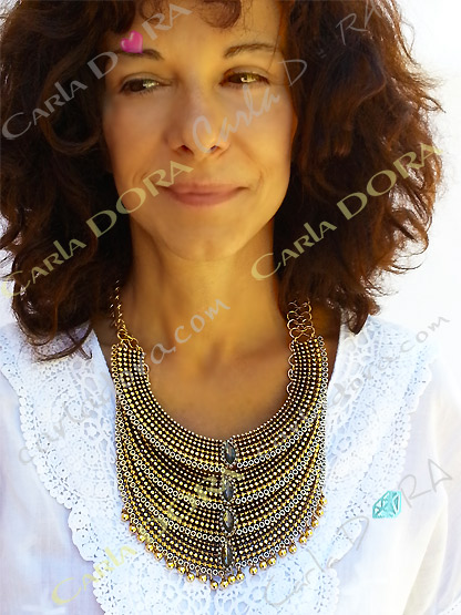 collier plastron metal dore  maharaja multi rangs, bijou fantaisie femme indien