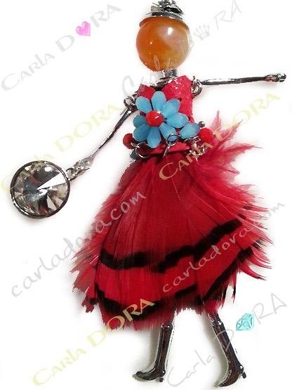 pendentif poupee plumes rouges et noires pampilles cristal, pendentif poupee style amerindien