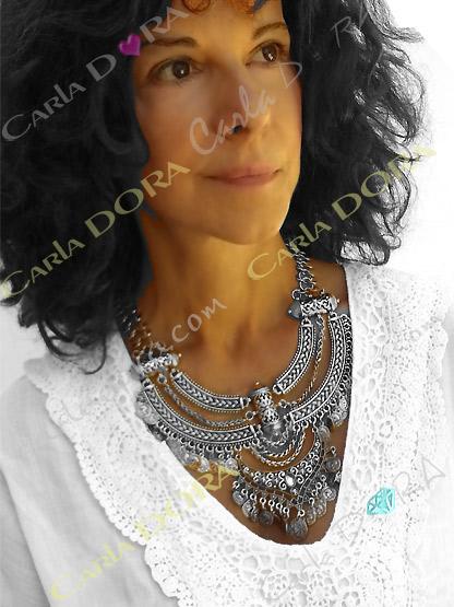 collier plastron ethnique metal argente, bijou fantaisie femme