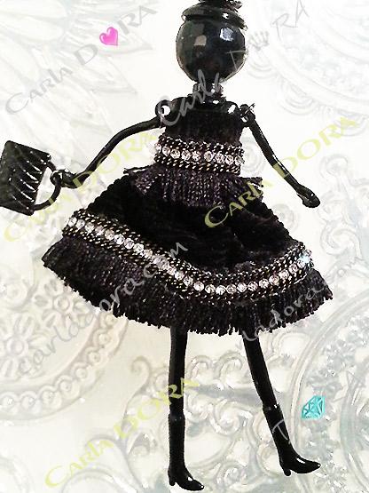 robe de fete noire franges strass sautoir poupee