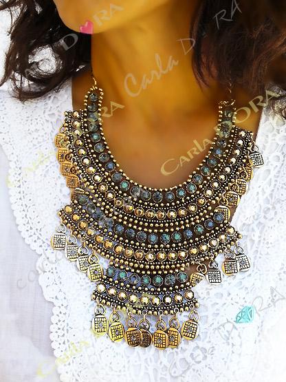collier indien plastron metal dore vieilli et strass multi rangs, bijou fantaisie femme indien