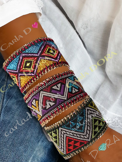 bracelet femme motif ethnique  multicolore borde d