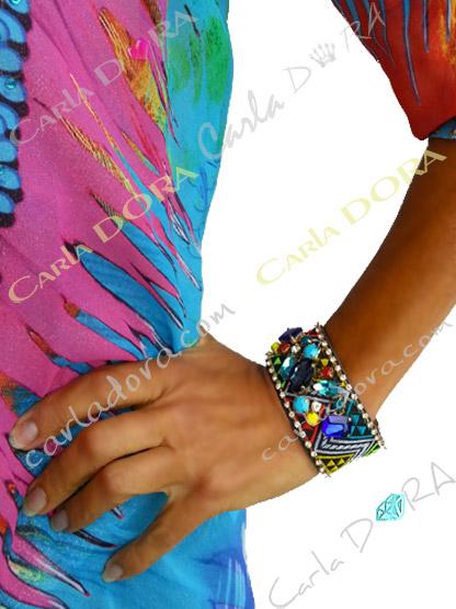 bracelet cabochon bleu et turquoise strass multicolore, bracelet fermoir aimante