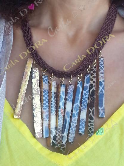 collier ras du cou reversible 2 en 1 or et python, collier ras de cou bois a la feuille d