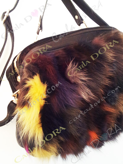 sac a main femme fourrure tendance noir multicolore strass clous metal dore