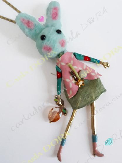 collier lapin mignon fashion victime multicolore, sautoir petite lapine chic a la mode