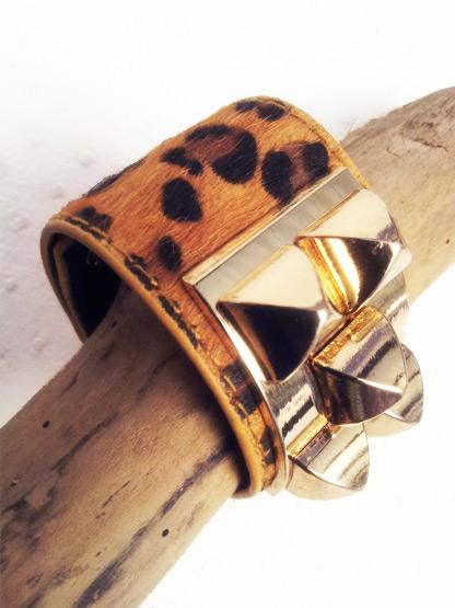 bracelet fantaisie femme bracelet manchette en poulain imprime leopard