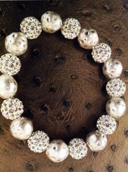 bracelet shamballa 9 boules strass + 9 boules metal argent martele