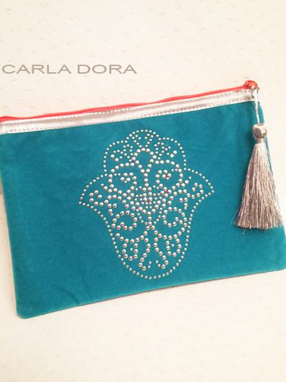pochette femme main de fatma bleu turquoise cloutee argent zip orange fluo, pochette mode femme