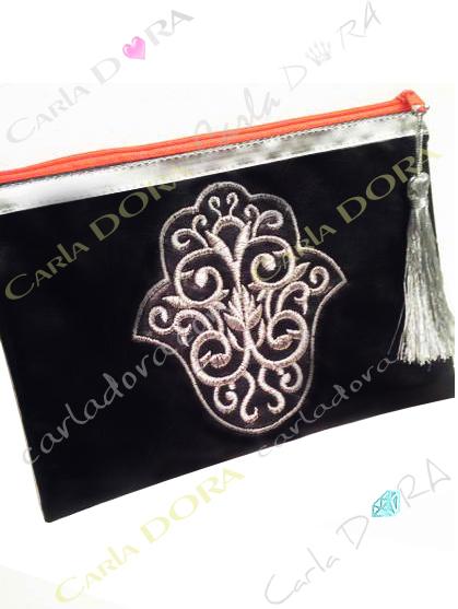 pochette femme main de fatma noir brodee fil argent zip orange fluo, petite pochette pour femme tendance