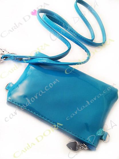 petite pochette telephone glossy bandouliere femme bleu turquoise